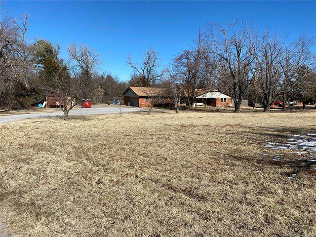 432 State Highway 17, Rush Springs, OK 73082 (MLS #2043831) :: 580 Realty