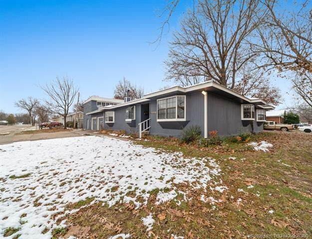 1305 S Vann, Pryor, OK 74361 (MLS #2044049) :: Hopper Group at RE/MAX Results