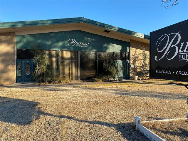 715 E Main, Antlers, OK 74523 (MLS #2044132) :: House Properties