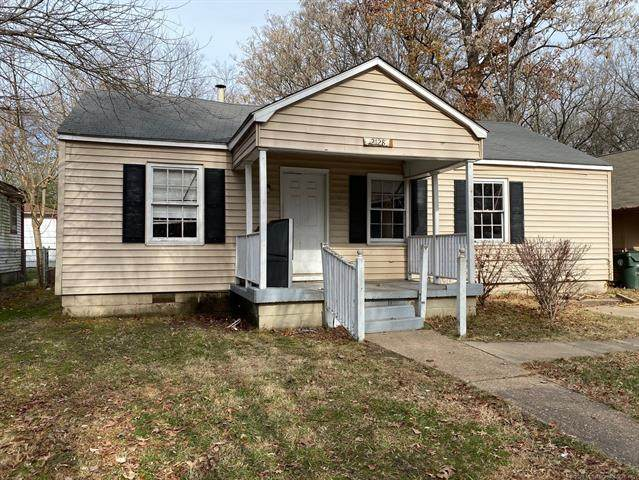 2128 Garland Street, Muskogee, OK 74401 (MLS #2044275) :: Owasso Homes and Lifestyle