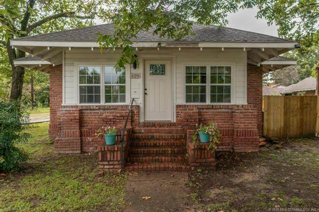 805 S 9th Street, Mcalester, OK 74501 (MLS #2044334) :: Hopper Group at RE/MAX Results