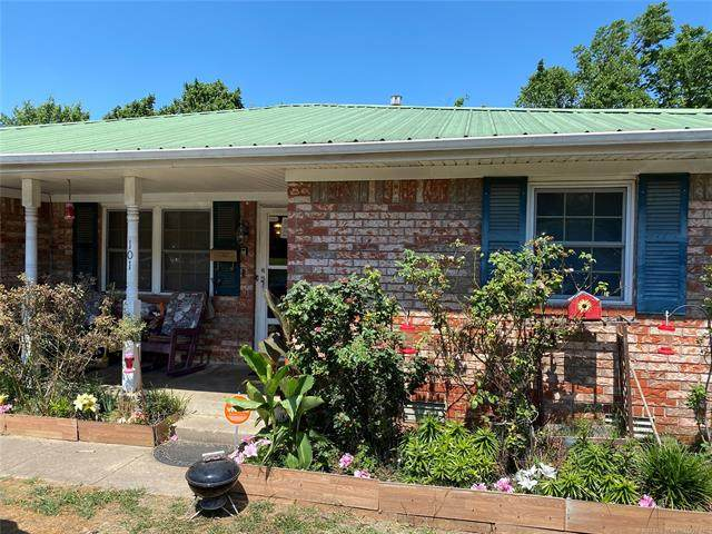 101 12th Street, Mcalester, OK 74501 (MLS #2044348) :: Hopper Group at RE/MAX Results