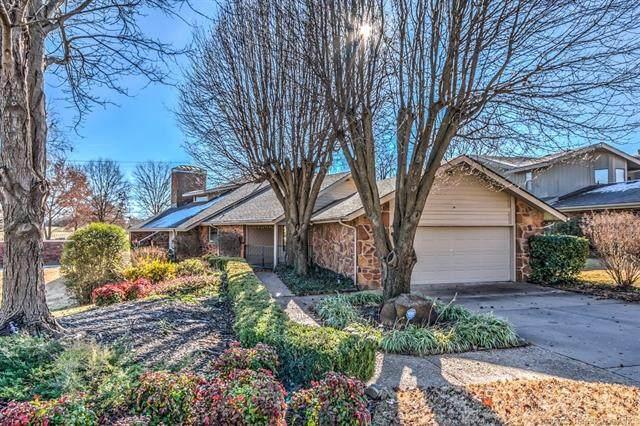 2201 Glynnwood Drive, Bartlesville, OK 74006 (MLS #2044622) :: 580 Realty