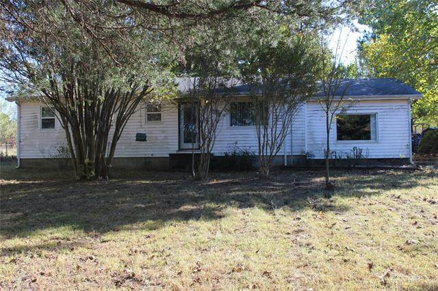 30832 W County Road 1260, Stigler, OK 74462 (#2044625) :: Homes By Lainie Real Estate Group