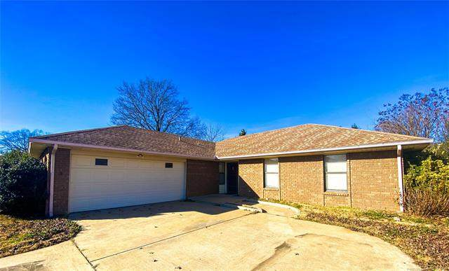 102 Foltz Lane, Muskogee, OK 74403 (MLS #2044651) :: 580 Realty