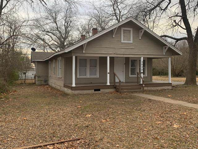 2625 Elgin, Muskogee, OK 74401 (MLS #2044757) :: Hopper Group at RE/MAX Results