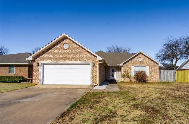 1913 7th Avenue NW, Ardmore, OK 73401 (MLS #2044794) :: Hopper Group at RE/MAX Results