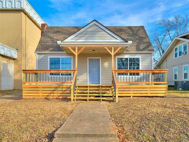 1219 S Columbia Avenue, Tulsa, OK 74104 (MLS #2044871) :: Hopper Group at RE/MAX Results