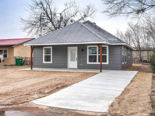 2322 S Cedar Street, Sapulpa, OK 74066 (MLS #2044878) :: RE/MAX T-town