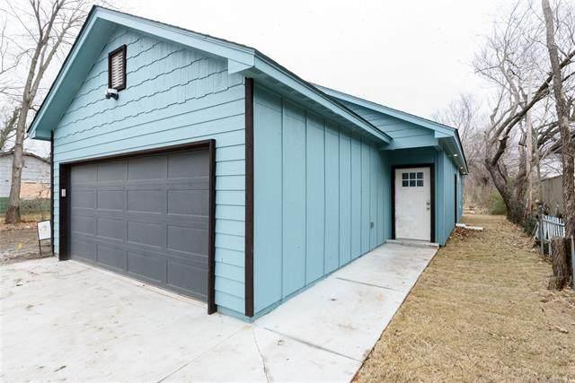 749 E Queen Street, Tulsa, OK 74106 (MLS #2044923) :: 918HomeTeam - KW Realty Preferred