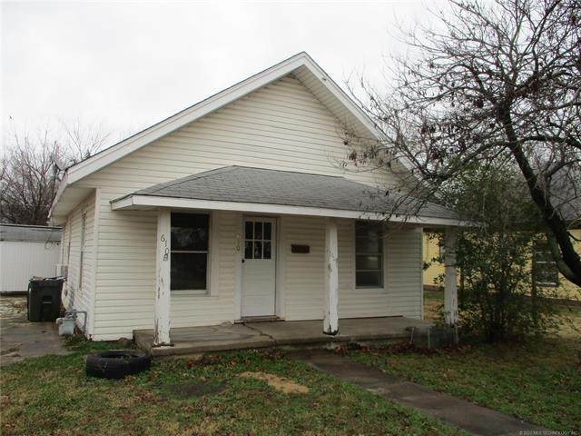 610 S Cleveland Avenue, Cushing, OK 74023 (MLS #2044957) :: Hopper Group at RE/MAX Results