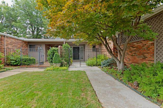 2126 E 60th Street I5, Tulsa, OK 74105 (MLS #2045014) :: RE/MAX T-town