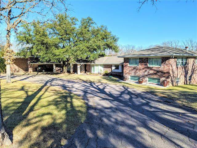 905 Little Avenue, Madill, OK 73446 (MLS #2045018) :: Hopper Group at RE/MAX Results
