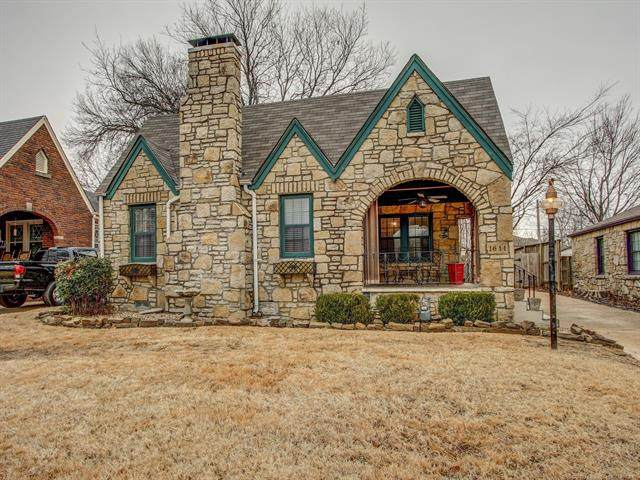 1611 S Columbia Avenue, Tulsa, OK 74104 (MLS #2100084) :: Hopper Group at RE/MAX Results