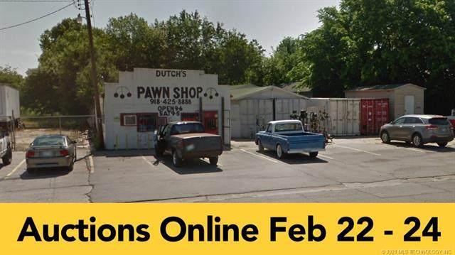 6107 Peoria Avenue - Photo 1