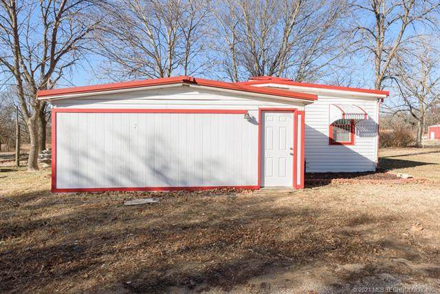 7728 Hickory Hill Road, Pawhuska, OK 74056 (MLS #2100292) :: Hopper Group at RE/MAX Results