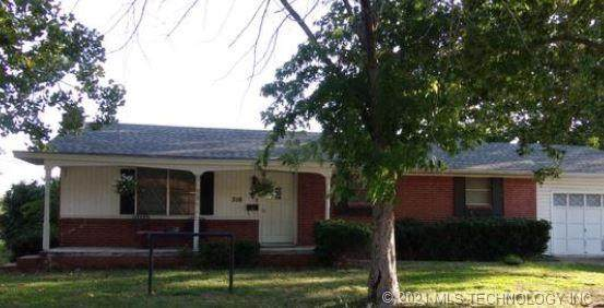 210 Sunset Drive, Madill, OK 73446 (MLS #2100336) :: Active Real Estate