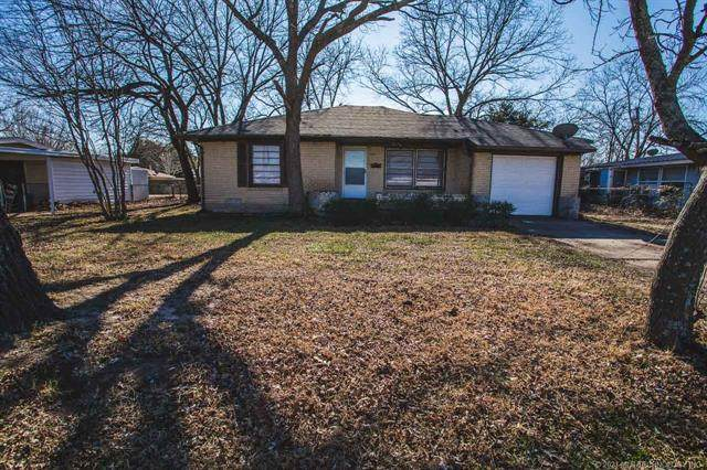 512 NW Maxwell, Ardmore, OK 73401 (MLS #2100644) :: 918HomeTeam - KW Realty Preferred