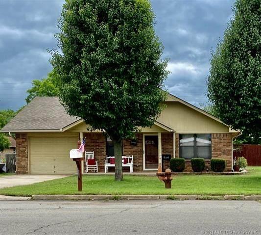 120 S Hughes Avenue, Morris, OK 74445 (MLS #2100703) :: 918HomeTeam - KW Realty Preferred