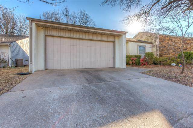 8167 S Jamestown Avenue, Tulsa, OK 74136 (MLS #2100716) :: RE/MAX T-town