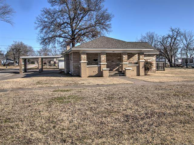 502 S Pettit Avenue, Hominy, OK 74035 (MLS #2100842) :: 918HomeTeam - KW Realty Preferred