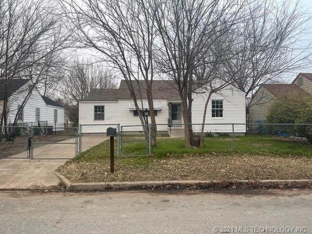 2723 E Oklahoma Place, Tulsa, OK 74110 (MLS #2100845) :: Hopper Group at RE/MAX Results