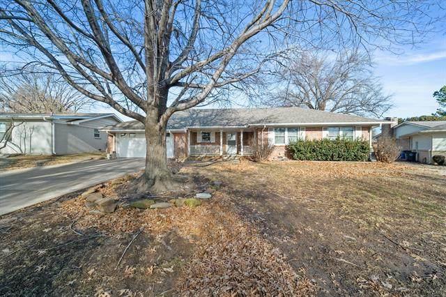 4405 E 49th Street, Tulsa, OK 74135 (MLS #2100855) :: 918HomeTeam - KW Realty Preferred