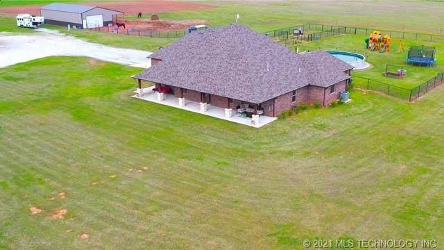 47208 Garretts Lake Road, Shawnee, OK 74804 (MLS #2100956) :: RE/MAX T-town