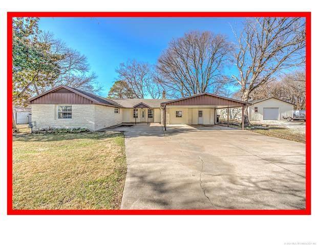 245 NE Morningside Avenue, Bartlesville, OK 74006 (MLS #2100957) :: 580 Realty