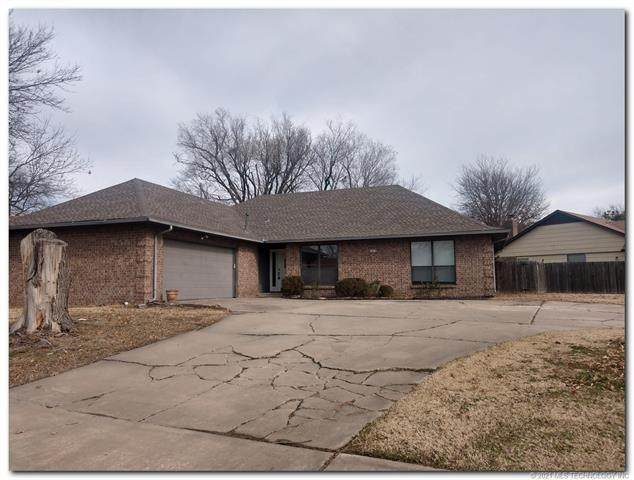 3873 S 118th East Avenue, Tulsa, OK 74146 (MLS #2101041) :: Hopper Group at RE/MAX Results