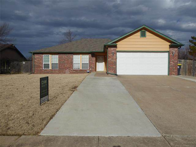 2891 W 113th Street S, Jenks, OK 74037 (MLS #2101171) :: RE/MAX T-town