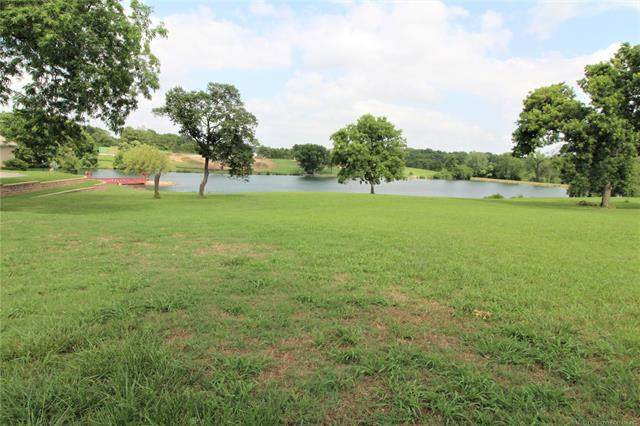 SE Blackstone Court, Bartlesville, OK 74006 (MLS #2101238) :: RE/MAX T-town