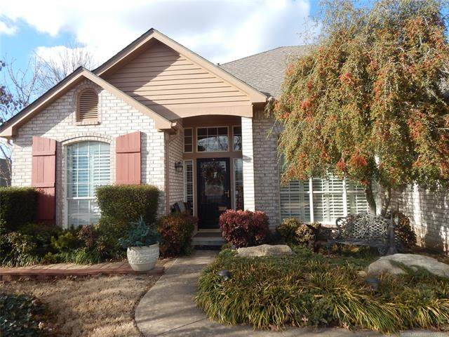3202 Heritage Drive, Claremore, OK 74019 (MLS #2101376) :: Hopper Group at RE/MAX Results