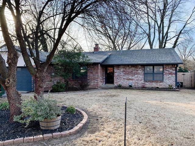 4817 Melody Lane, Bartlesville, OK 74006 (MLS #2101390) :: RE/MAX T-town