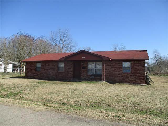 125 SW K. Street, Antlers, OK 74523 (MLS #2101408) :: House Properties
