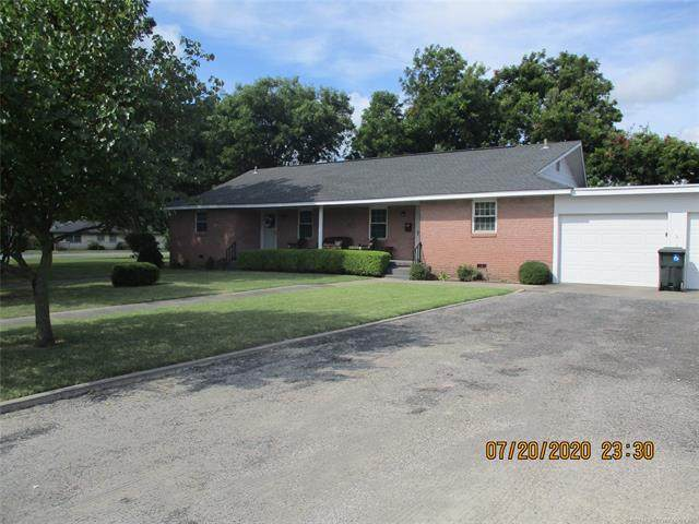 107 S 10th, Davis, OK 73030 (MLS #2101422) :: Hopper Group at RE/MAX Results
