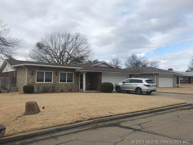 921 Holmes Avenue, Cushing, OK 74023 (MLS #2101424) :: Hopper Group at RE/MAX Results