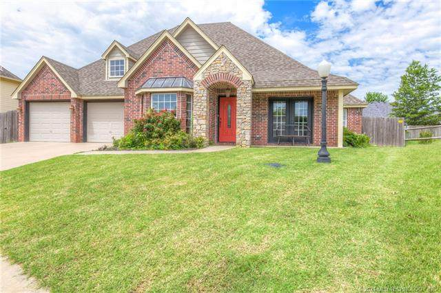 14338 N 108th East Avenue, Collinsville, OK 74021 (MLS #2101430) :: 918HomeTeam - KW Realty Preferred