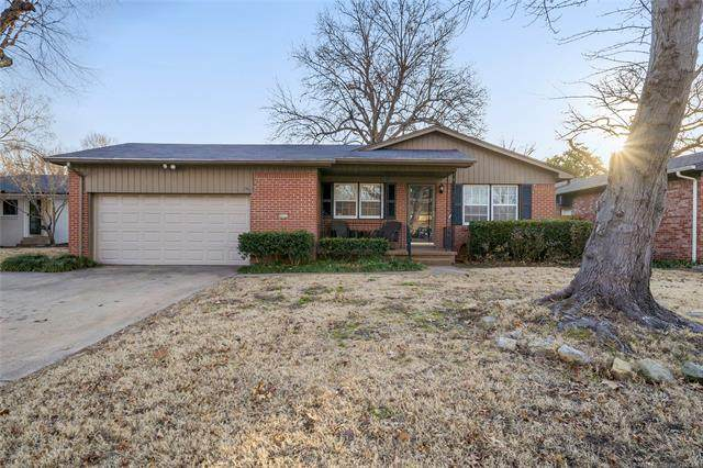 4605 S Quincy Place, Tulsa, OK 74105 (MLS #2101449) :: RE/MAX T-town