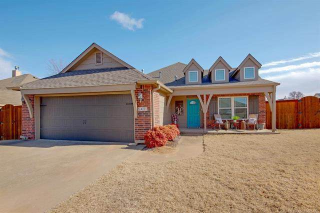 5431 Redbud Place, Sand Springs, OK 74063 (MLS #2101456) :: 918HomeTeam - KW Realty Preferred
