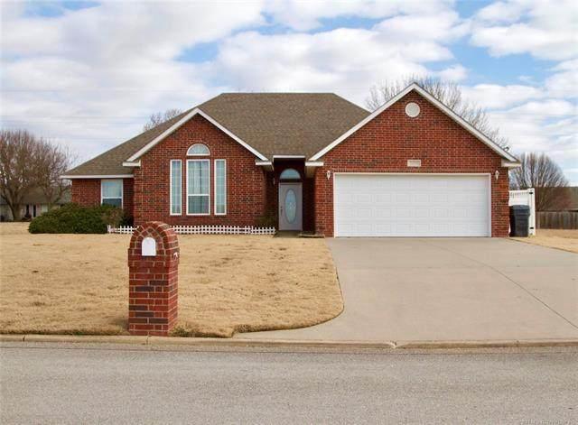 1628 Brentwood, Ardmore, OK 73401 (MLS #2101523) :: 918HomeTeam - KW Realty Preferred