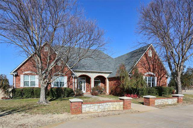 8770 Prairie Valley Road, Lone Grove, OK 73443 (MLS #2101605) :: Hopper Group at RE/MAX Results