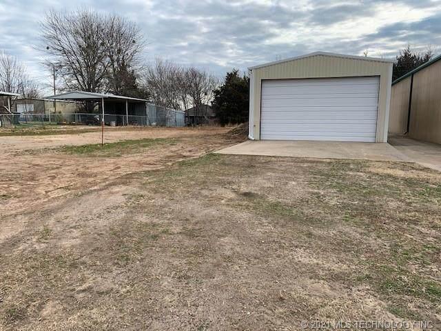 7682 Thomas, Kingston, OK 73439 (MLS #2101728) :: House Properties