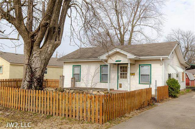 1110 W Oak Street, Collinsville, OK 74021 (MLS #2101729) :: Hopper Group at RE/MAX Results