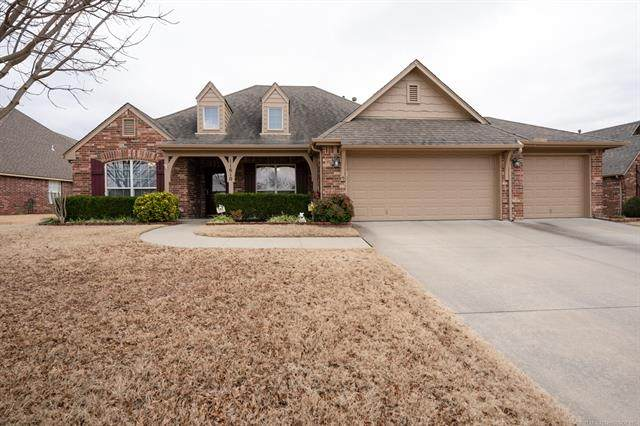 11610 E 102nd Street North, Owasso, OK 74055 (MLS #2101747) :: Hopper Group at RE/MAX Results