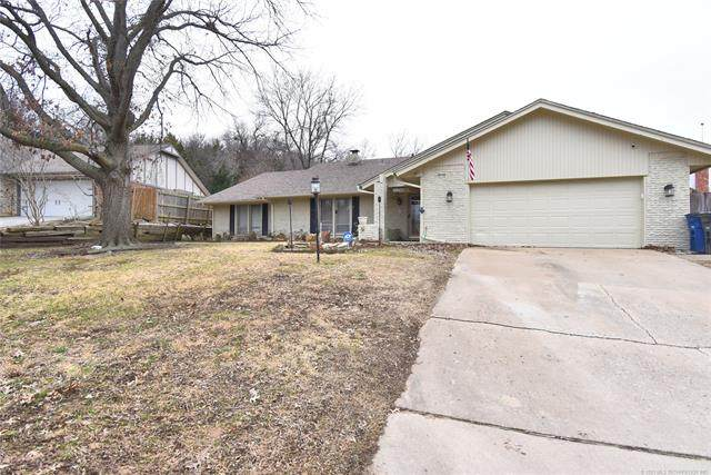 6558 S Hudson Place, Tulsa, OK 74136 (MLS #2101835) :: Hopper Group at RE/MAX Results