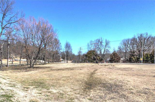 4300 S 65th West Avenue, Tulsa, OK 74107 (MLS #2101846) :: Hopper Group at RE/MAX Results