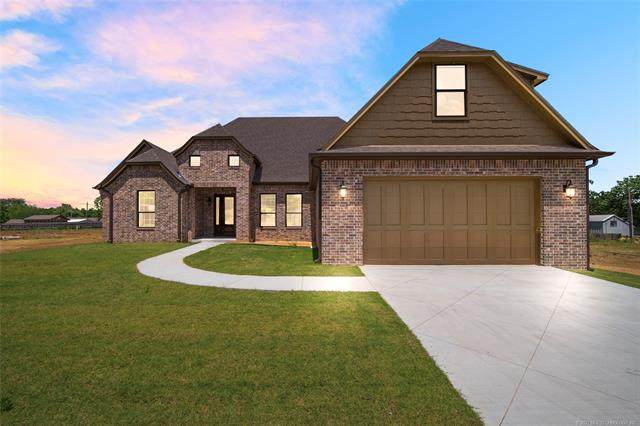 17 E 32nd Street, Sand Springs, OK 74063 (MLS #2101952) :: Hopper Group at RE/MAX Results