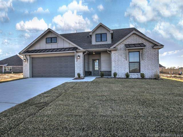 12008 N 131st East Avenue, Owasso, OK 74055 (MLS #2102046) :: RE/MAX T-town