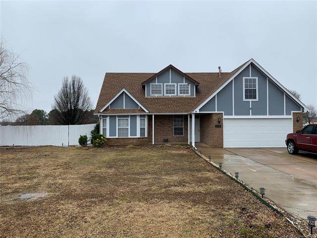 11890 Willow Circle, Collinsville, OK 74021 (MLS #2102260) :: RE/MAX T-town